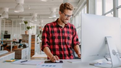 Photo of HOW CAN A STANDING DESK IMPROVE YOUR WORKDAY? KNOW 5 BENEFITS OF HAVING A STANDING DESK HERE.