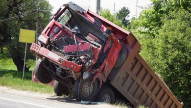 Photo of Five Reasons to Hire a Truck Accident Lawyer: